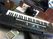 YAMAHA Keyboards/MIDI Equipment PSR E243